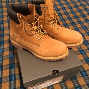 Men's brand new timberland 6inch waterproof boot